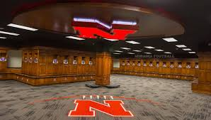 football locker room and player facilities huskers com