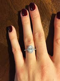 Wedding Ring On Right Hand by Best 25 Dainty Engagement Rings Ideas On Pinterest Wedding