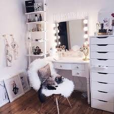Makeup Room Decor 27 Best Makeup Room Images On Corner Vanity Dressing