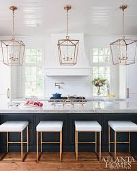 kitchen island with pendant lights stylish lantern pendant lights for kitchen 1000 ideas about
