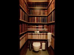 wallpaper that looks like bookshelves bookshelf wallpaper in toilet need l say more inspirational