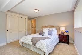 moquette chambre coucher intérieur adorable de chambre à coucher avec la literie gentille et