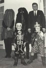 kennedy mask halloween jackie kennedy u0027s 1962 halloween costume 444 x 669 historyporn