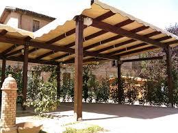 montaggio tettoia in legno come costruire una tettoia di legno lamellare per auto