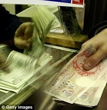 bristol airport bureau de change tourists ripped by airport currency exchanges daily mail