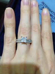 how to find a wedding band help i need to find a cheaper ring with a similar look to