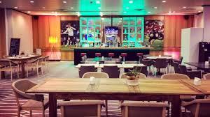 etoile cuisine et bar tower sports bar hyatt regency etoile restaurant de