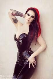 imagenes de chavas rockeras 84 mejores imágenes de tattoed rock girls en pinterest muchachas