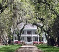 southern plantation style homes best 25 plantation style houses ideas on plantation
