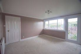 3 Bedroom Flat Glasgow City Centre 3 Bedroom Semi Detached House Kingston Dock Greenock In