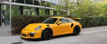 yellow porsche paint to sle yellow porsche 911 gt3 rs pdk begs for a taxi