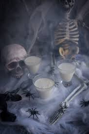 18 halloween cocktails to terrify your party up
