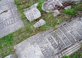 pictures of tombstones schindler s list c krakow the beaten track polandian