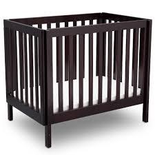 Mini Crib Vs Bassinet by Delta Children Bennington Elite Mini Crib With Mattress