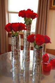 Putting Roses In A Vase How To Arrange 1 Dozen Roses The Art Of Doing Stuffthe Art Of