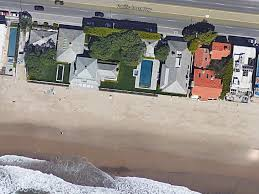 david geffen to sell his malibu beach fortress for 100 million