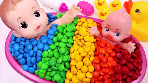 learn colors bubble gum candy baby doll bath time with nursery