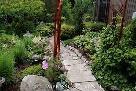12 stepping stone u0026 garden path ideas lil moo creations