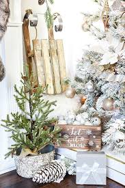 White Christmas Decorations For A Tree by 1237 Best Holiday Decor Diy Images On Pinterest Christmas Time