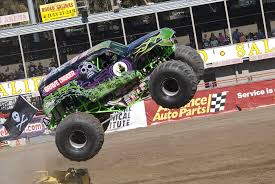 monster trucks jam videos grave digger monster truck video wallpaper desktop wallpapersafari