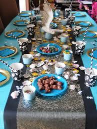 deco de table pour anniversaire anniversaire de pirates pour filles dans ma tribu