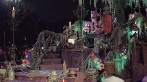 new frightfully fun parade at mickey u0027s halloween party 2016
