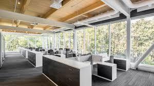 bureau architecte qu饕ec nouveaux bureaux de pomerleau par kollectif