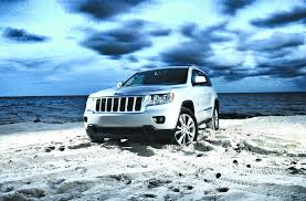 beach jeep totally dune jeep grand cherokee u0027s quadra trak 4wd gets put to
