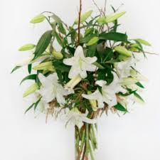 Casablanca Flower - green flower delivery in hollywood tic tock couture florals