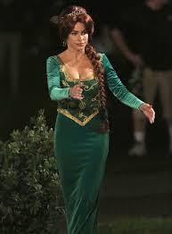 modern family halloween sofia vergara in green dress at modern family set 01 gotceleb