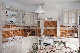 cuisine blanche mur cuisiner definition awesome cuisiner définition cuisine
