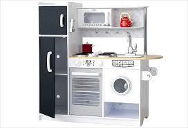 cuisine avec machine à laver cuisine kidkraft en bois et blanche pour enfant pepperpot