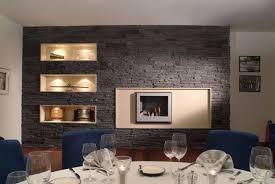 steinwand wohnzimmer beige steinwand im wohnzimmer wanddeko mit verblendsteinen