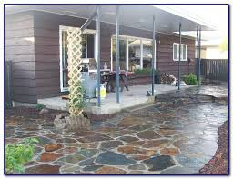Building Flagstone Patio Build A Flagstone Patio On Uneven Ground Patios Home