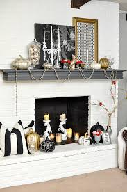 halloween decorations for your mantel