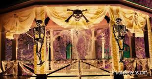 spooky halloween decorating ideas for your gazebo
