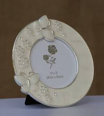 home decor gifts online india 33 best home decor images on pinterest couples wedding presents
