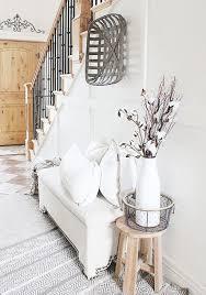 60 gorgeous farmhouse entryway decorating ideas homekover com