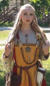 viking anglo saxon hairstyles sól spydsdóttir http thevikingqueen wordpress com about norse