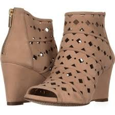michael kors womens boots sale michael kors shoes on sale up to 70 at tradesy