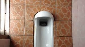 smallest bathroom world smallest bathroom youtube
