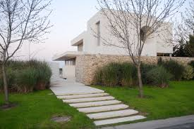 Modern Home Design Elements Modern Stone Wall House With Water Elements Idesignarch