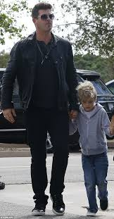 Robin Thicke Spends Quality Time With Son Julian In The Wake Of Divorce Filing Daily Mail Online Robin Thicke And Girlfriend April Love Geary Step Out Daily Mail