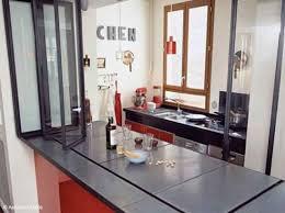 vitre separation cuisine ici le bar du salon devient plan de travail côté cuisine des