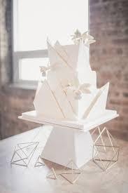 Origami Wedding Cake - 25 whimsical and origami wedding ideas weddingomania