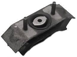 05 mustang gt transmission ford mustang transmission mount insulator 8r3z7e373a 05 10 v6