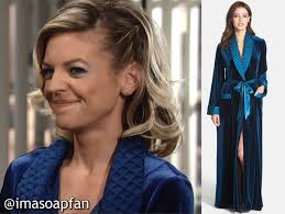 gh maxies hair feb 13th 2015 maxie jones s blue velvet robe with quilted collar general