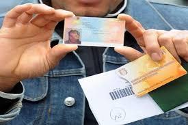 permesso di soggiorno stranieri carta di soggiorno revocata a chi perde il lavoro il giudice