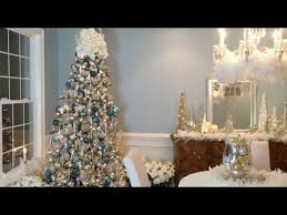 how to create a beautiful winter wonderland christmas tree with