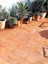 Patio Tile Flooring by Salcombe Sandstone In A Seasoned Finish Patio Tiles With Soft Pale